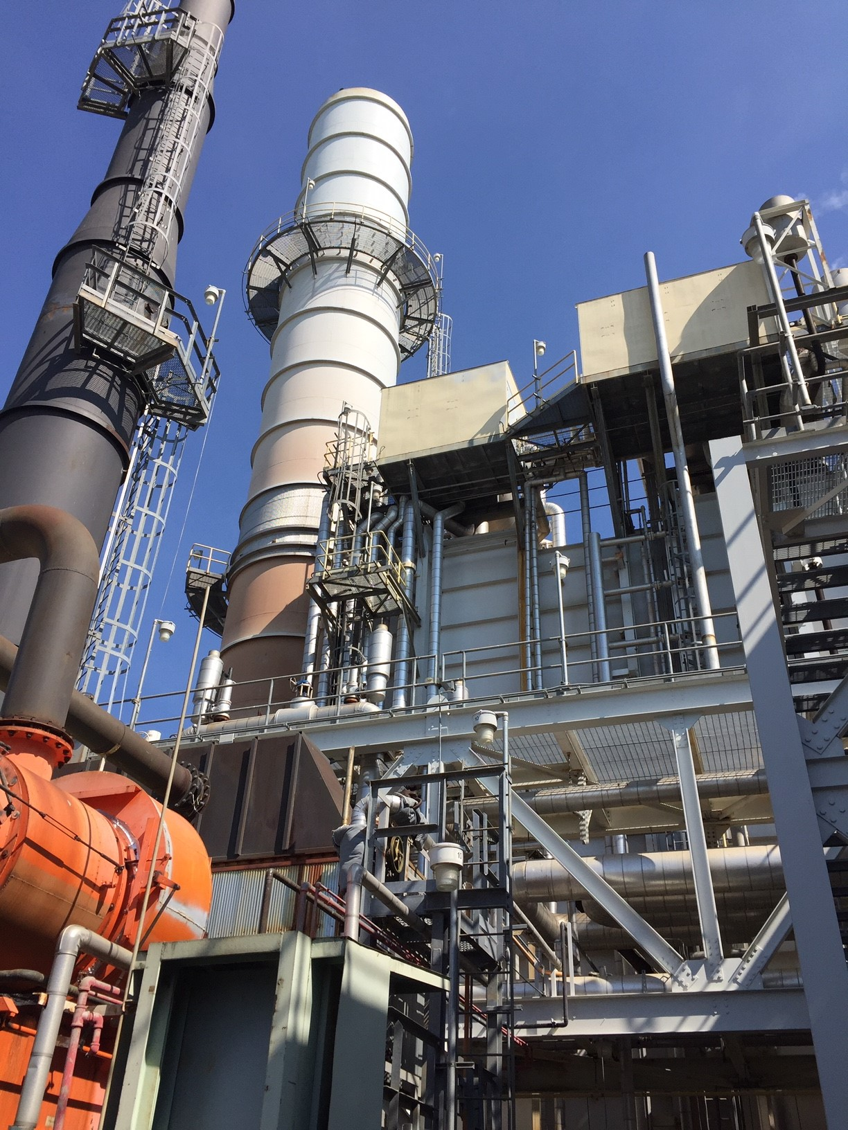 Combine Cycle Gas Turbine (CCGT) Power Plants that benefited from dry ice blast cleaning services for HRSG, CO & SCR catalyst